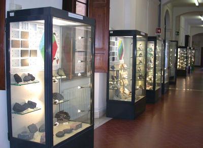 Museo Scienze della Terra, vetrine